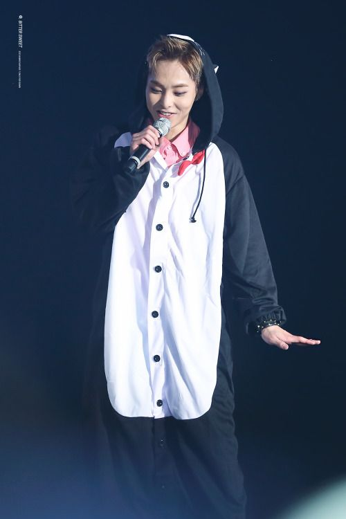 Xiumin - 160319 Exoplanet #2 - The EXO'luXion [dot] Credit: Space Flight.
