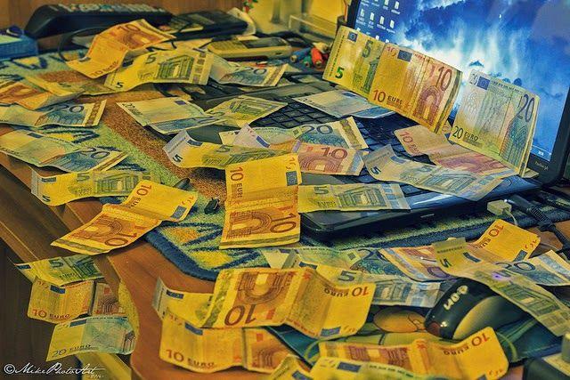 Trabaja online y gana dinero YA!: Introducción - Trabajar online y ganar dinero fáci...