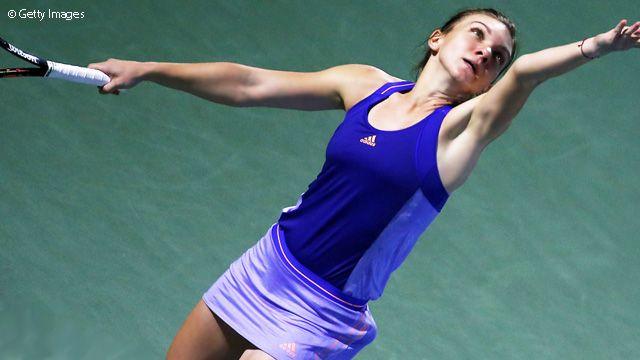Halep Outdoes Wozniacki In Dubai SFs