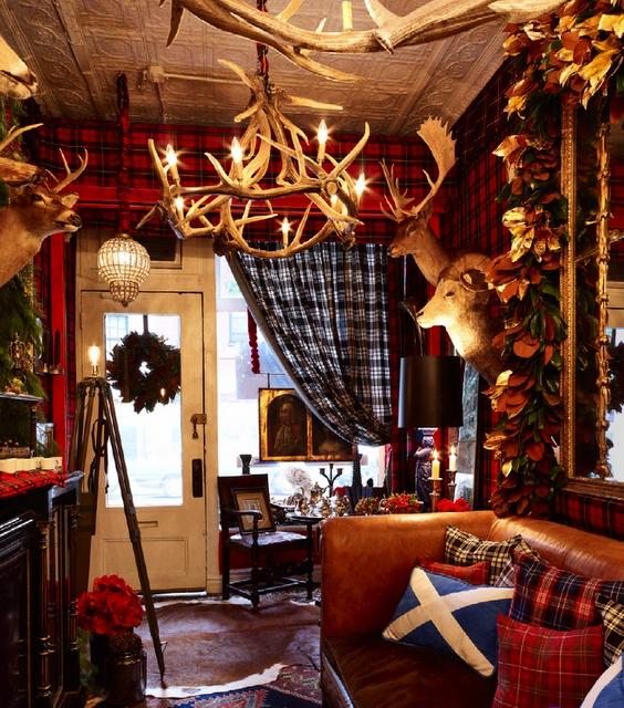 Best 25 scottish decor ideas on pinterest cosy living room decor autumn decor living room for Hunting lodge themed living room