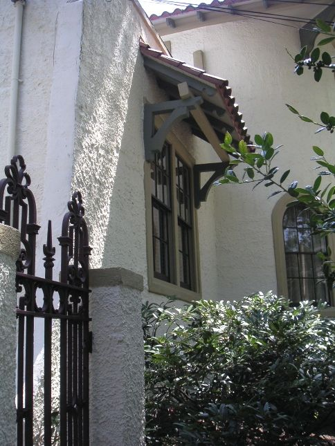 10 best images about spanish homes on pinterest for Spanish colonial exterior paint colors