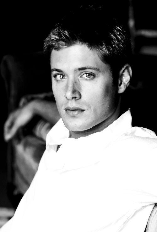 "justjensenanddean: "" "" Jensen Ackles   Smallville Photoshoot (2004) "" """