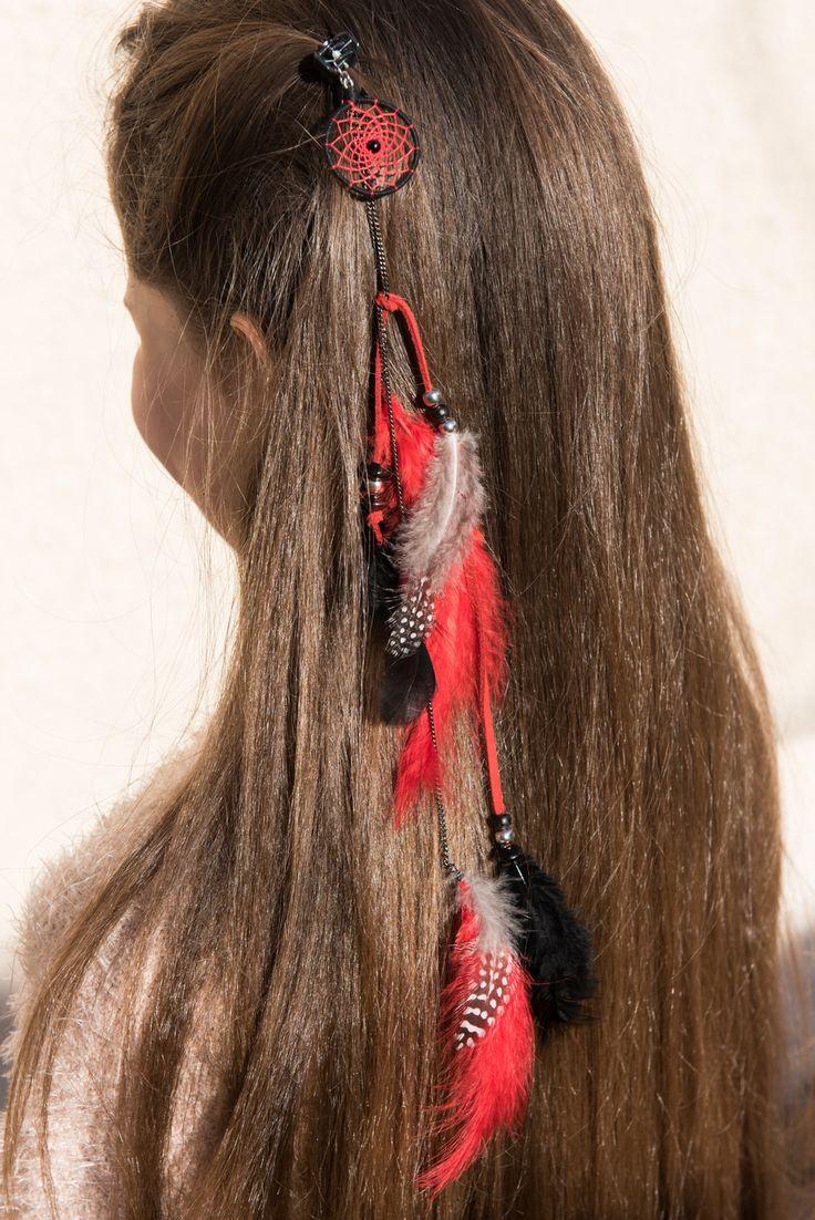 """Bijou de Cheveux Pince Attrape Rêve Rock Ethnique """"Dreamcatcher"""" Rouge et Noir : Accessoires coiffure par odydonc"""