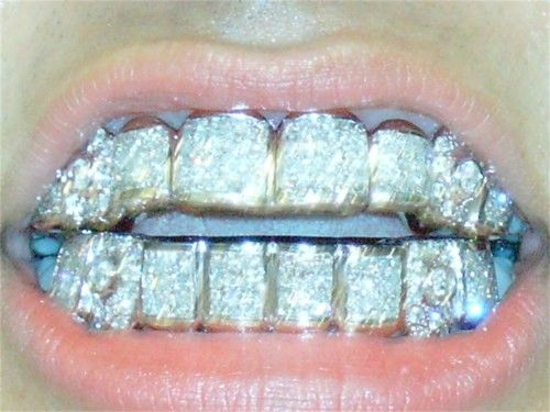 Bling Bling...wow she could pawn her mouth lol lol