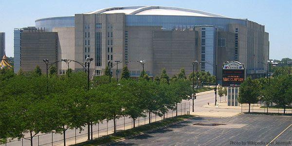 United Center Chicago IL- Home of the Blackhawks (NHL) & Bulls (NBA),