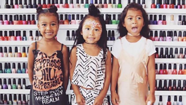 North West Impatiently Blows Out Friend's B-Day Candles: Watch The Birthday Girl Get Crushed https://tmbw.news/north-west-impatiently-blows-out-friends-b-day-candles-watch-the-birthday-girl-get-crushed  After 2 parties of her own, it looks like North West doesn't remember what it's like to NOT be the b-day girl! At a pal's party, the tot blew out candles on a cake that didn't belong to her, & her friend's face is priceless!Slow your roll, North West, 4, your birthday was LAST month! Kim…