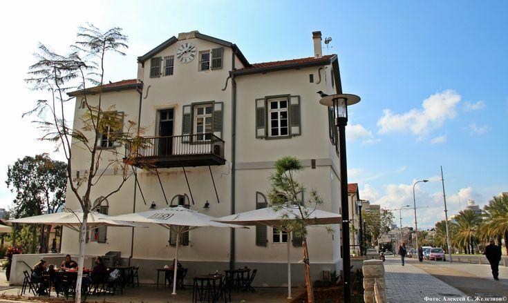 Сегодня я вам расскажу про очень интересное место в Тель-Авиве - Сарона. Место старое и новое - еще недавно это были старые заброшенные дома - а сегодня новый…