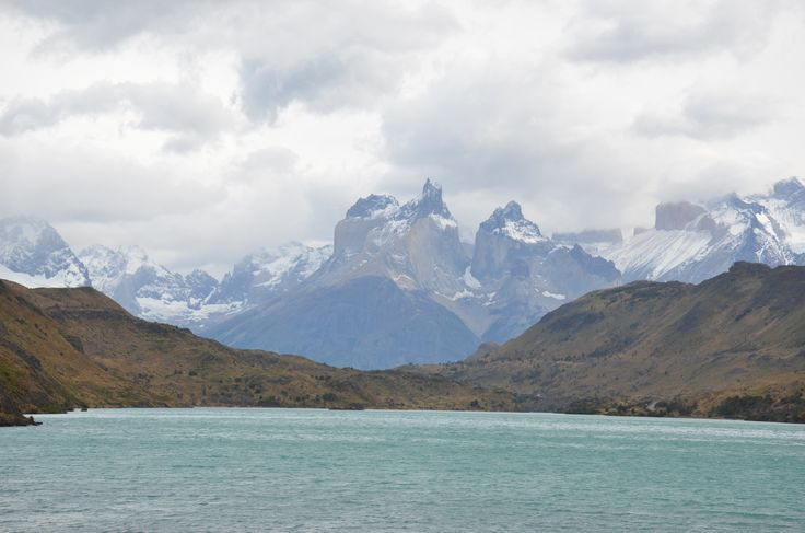 L1M1AS3  Nikon D7000 18-142mm zoom  auto (no flash). Mountains of Torres del Paines NP, Patagonia, Chile Feb 2016. water colour due to mineralisation in run off from mountains. unusual colour contrast for landscape shot