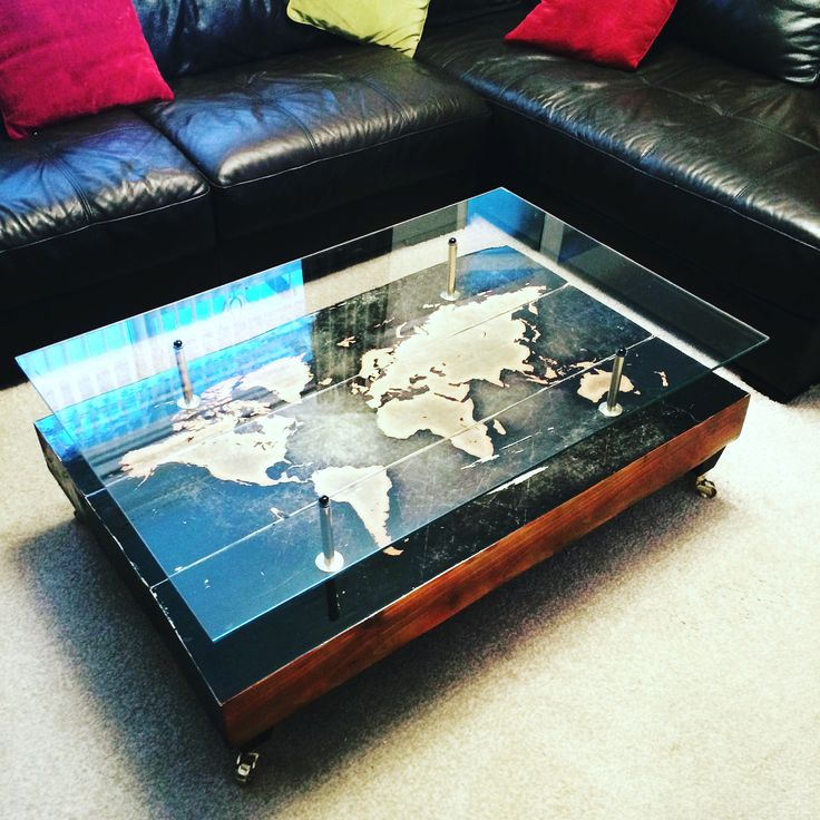 Antique styled World Map Coffee Table - Bring a taste of adventure to any living space.   Price - £595