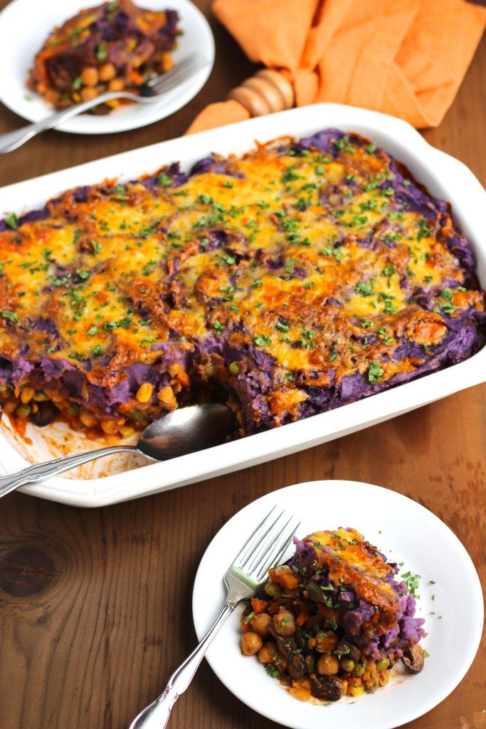 Purple potato & chickpea veggie shepard's pie is the perfect healthy casserole that makes you feel all cozy inside! Healthy comfort food at its best!