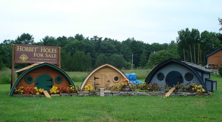Three Hobbit Hole Chicken Coops, all in a row.... (LtoR: 20 S.F. Medium Coop, 10 S.F. Small Coop, 30 S.F. Large Coop): Hobbit Hole, Hole Chicken, Chicken Coops, Farms, The Hobbit, Hobbit Home, Gardens, Hobbit Houses, Chicken Houses