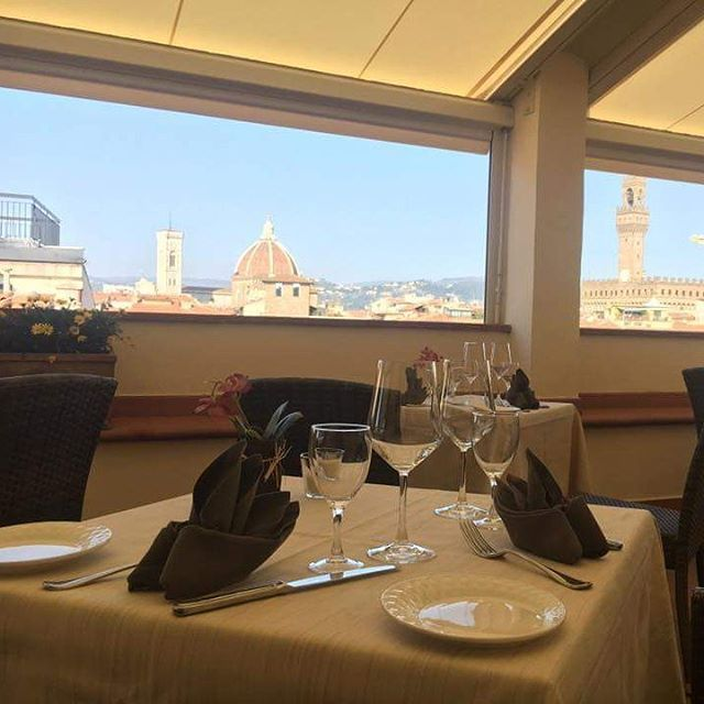 #firenze #florence #florenceitaly #tuscany #toscana #toscana_amoremio #pranzo #ristorante #ristoranti #mangiarebene #luxurylifestyle #style #styleoftheday #money #tagsforlikes #qualita #lusso #benessere #stile #lunch #life http://www.butimag.com/ristorante/post/1478238041633904207_1530297273/?code=BSDwaq1DtZP