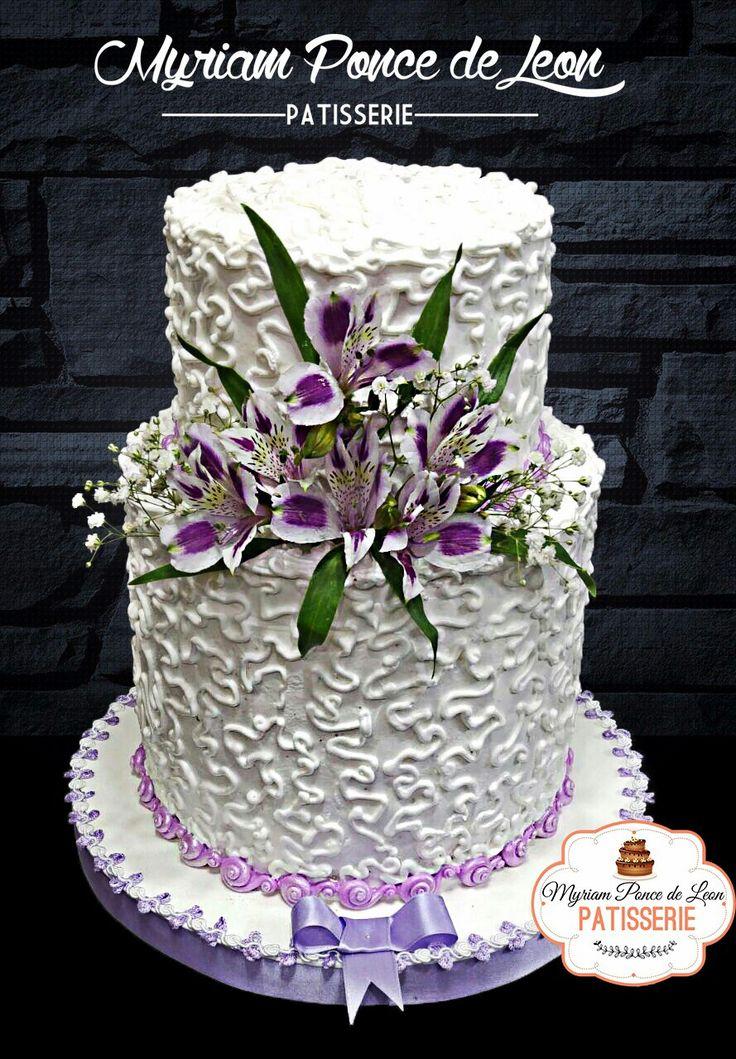 Pastel de bodas lila