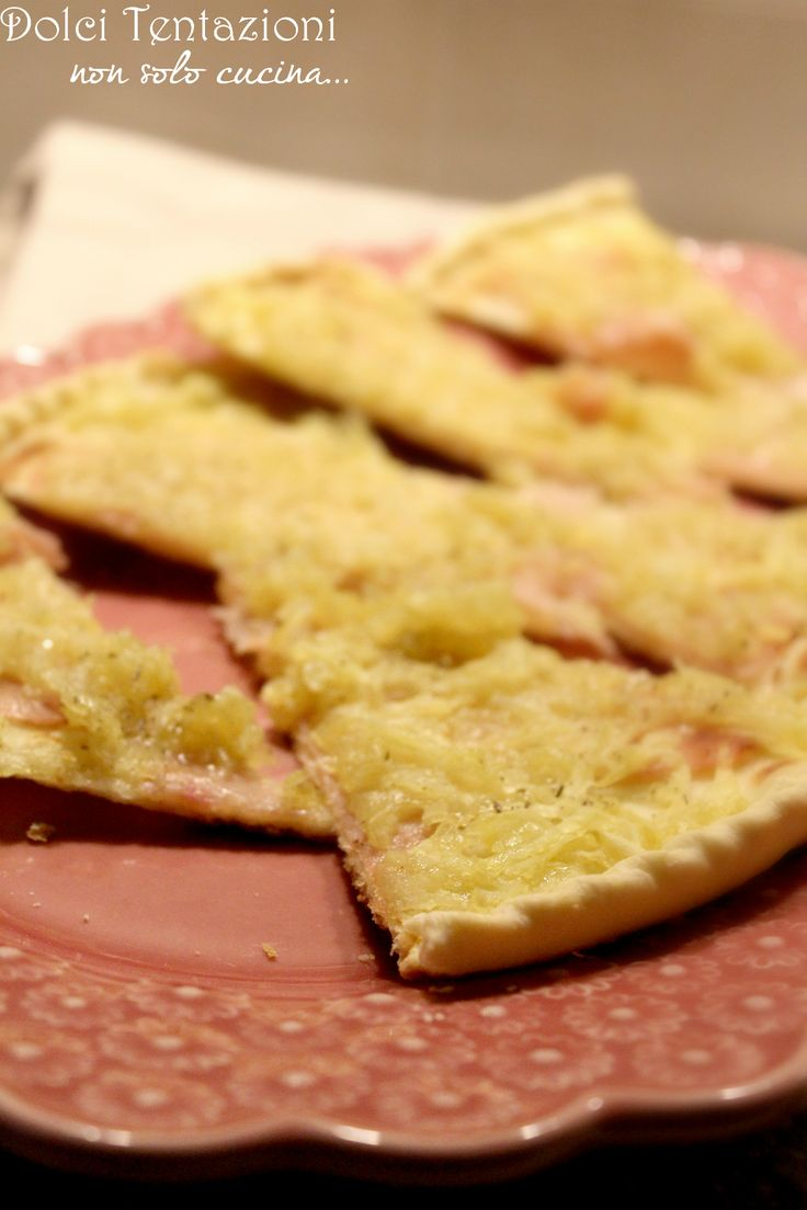 La mia Torta di pasta brisée con patate e prosciutto , è ottima sia come aperitivo che come secondo piatto, ma ideale per una cena diversa e saporita. Realizzarla è davvero semplice e il risultato delizioso!  http://blog.giallozafferano.it/dolcitentazionidirdc/torta-di-pasta-brisee-con-patate-e-prosciutto/