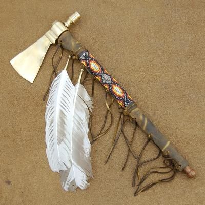lakota sioux tomahawk peace pipe native craft indian artifact this smokable tomahawk peace. Black Bedroom Furniture Sets. Home Design Ideas