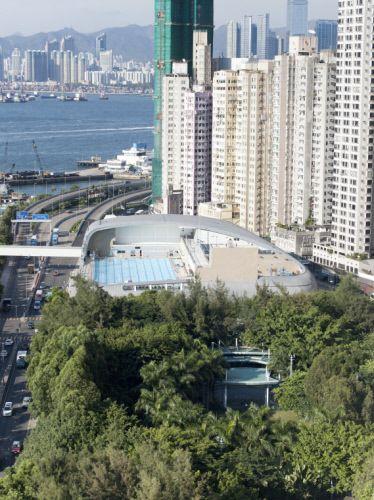 Kennedy Town Swimming pool in Hong Kong (China) by TFP Farrells  Contractor: Buildtrade, Copyright: Marcel Lam  #Zinc #SwimmingPool #China #HongKong #QuartzZinc #Architecture #Roofing #VMZINC