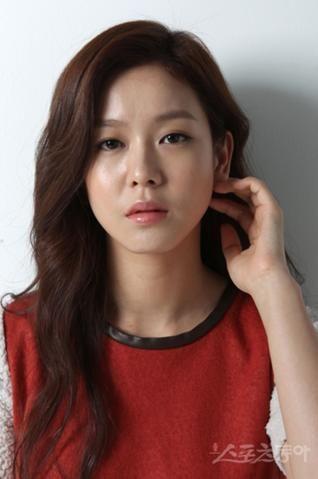 Kyung Soo Jin 경수진 87 - debut 2011