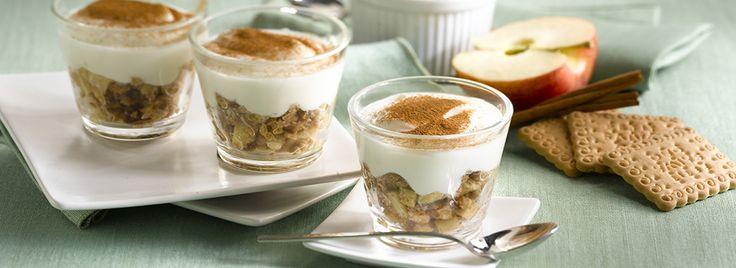 Tipico dolce inglese, puoi riproporlo per i tuoi dessert facendolo in casa! Ecco la ricetta facilissima del Crumble di Mele, servito in pratici bicchierini.