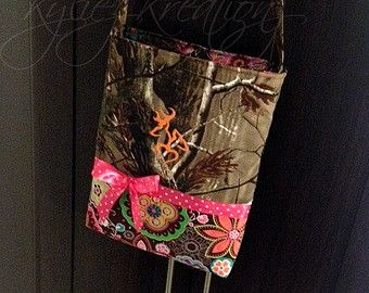 Medium size Hunting camo Purse Made to order by KyliezKreationz