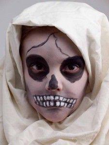 41 besten perfekt schminken halloween bilder auf pinterest halloween makeup fasnacht und. Black Bedroom Furniture Sets. Home Design Ideas