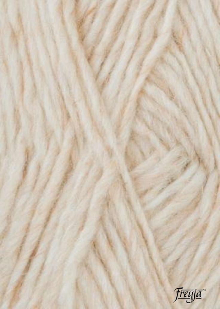 Исландская 100% шерстяная пряжа Alafoss Lopi (Лопи) для ручного вязания теплых зимних предметов одежды натурального цвета.  Натуральная экологическая шерсть Лопи • 1шт = 100 гр. 100 м.   Теплая, легкая, долговечная 100% натуральная 100% генетически чистая Содержит естественный ланолин Влагоотталкивающие свойства Положительные для здоровья свойства Естественные цвета, безопасный краситель без отбеливания