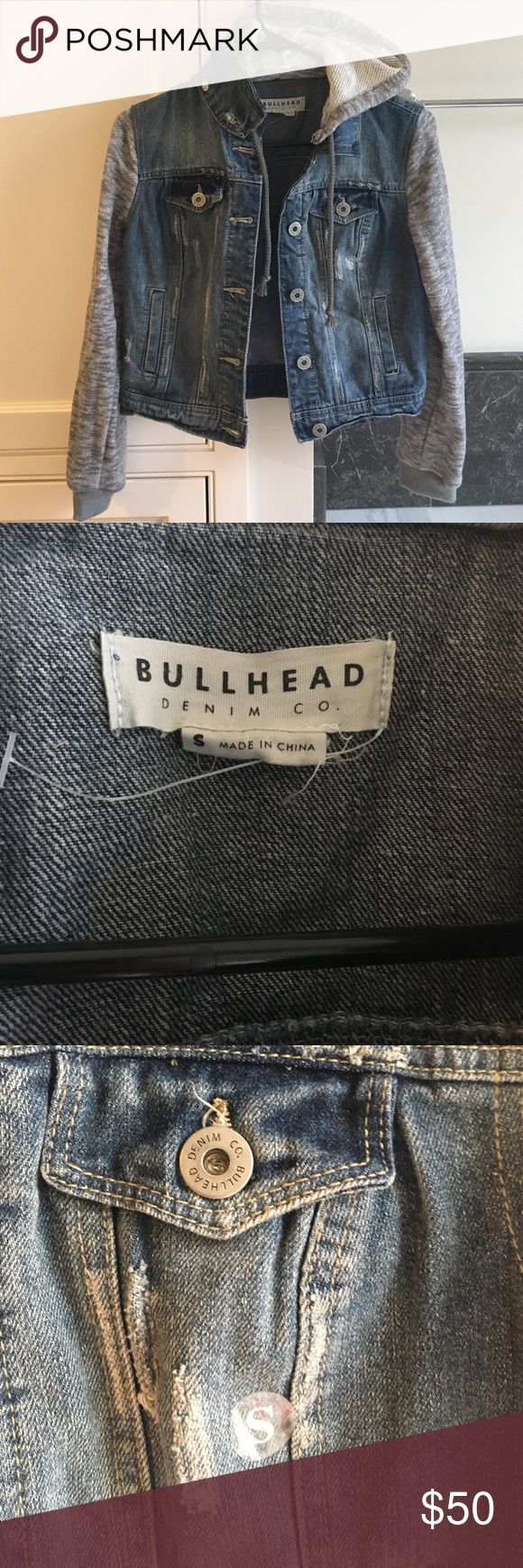 Pacsun bullhead denim co. Size small. Hooded jean jacket never worn once but lost the tag. There are buttons to take off the hood also. Willing to negotiate price, Bullhead Jackets & Coats Jean Jackets