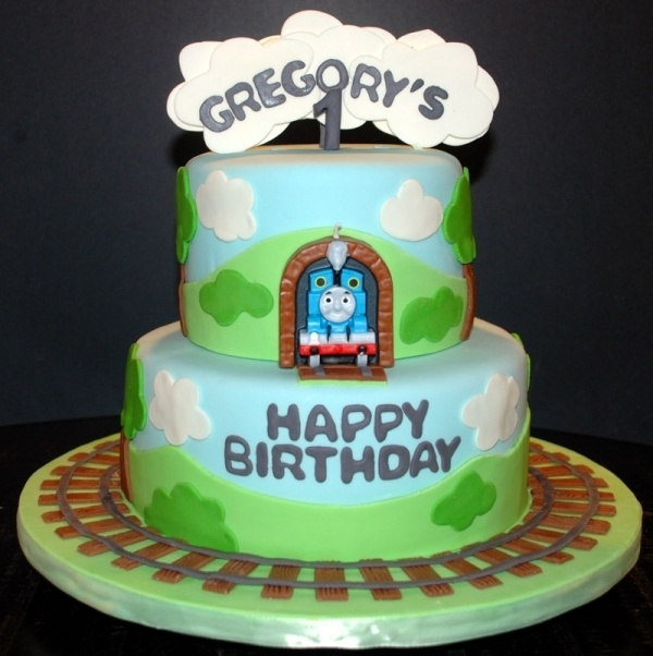 Pictures Of Thomas The Tank Engine Birthday Cakes