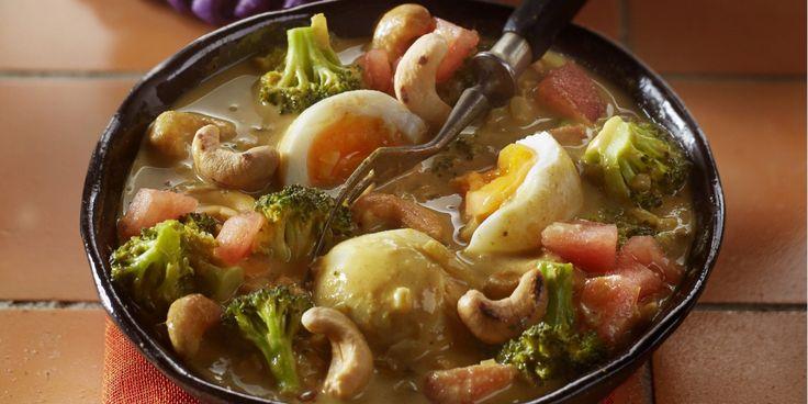 Boodschappen - Eiercurry met broccoli en noten