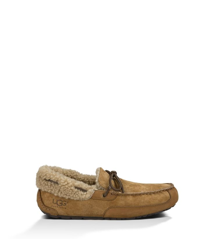 Shop our collection of men's sheepskin slippers including the Fleming. Free Shipping & Free Returns on Authentic UGG® sheepskin slippers for men at UGG.com.