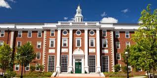 Harvard University, el lugar donde yo estudié. Me recibí de Abogada, en el año 2010.