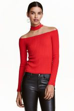 Off-the-shoulder jumper: Off-the-shoulder jumper in a fine-knit viscose blend with a racer back and stand-up collar.