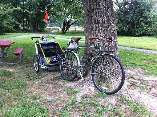 Surly LHT with kid trailer