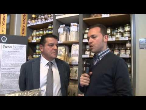 """AGRIATTIVA - LA MANO DELL'UOMO & IL CIBO. 2° puntata (27/03/2015): grano duro, in particolare """"La Pasta dei Coltivatori Toscani"""". LA NUOVA TRASMISSIONE DI SIENA TV IN COLLABORAZIONE CON IL CONSORZIO AGRARIO DI SIENA. VI ASPETTIAMO MERCOLEDI' E VENERDI' A MEZZOGIORNO SU SIENA TV. http://youtu.be/B8d8hdCFRYA #siena #aroundsiena #igerstoscana #igers_siena #igersitalia #instaitalia #visittuscany #visitsiena #igers #igerssiena #ig_toscana #toscana #igfriends_toscana #agricoltura"""