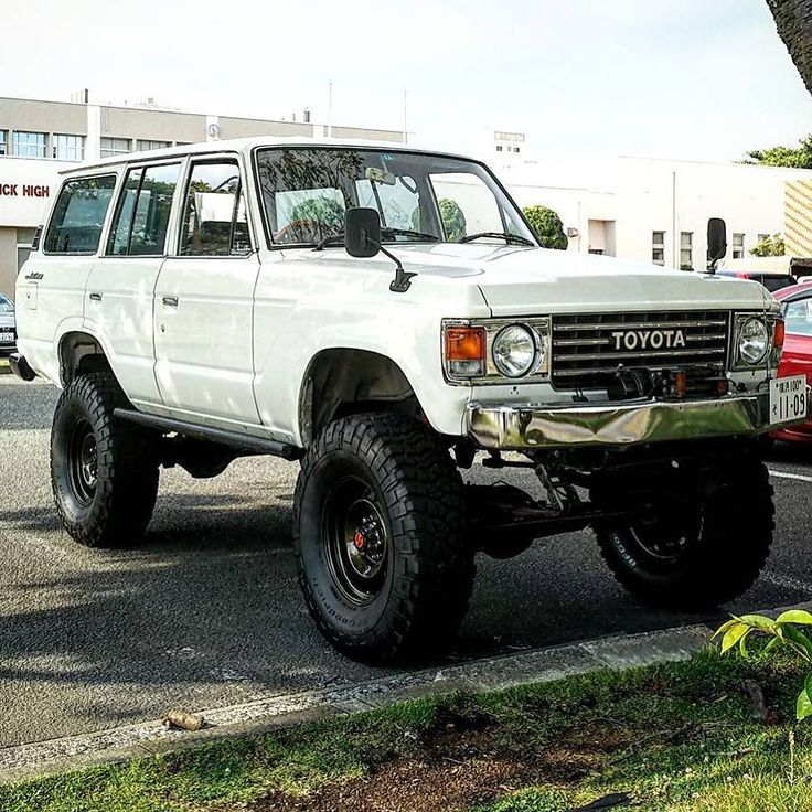 from @yoyoyoyo.yossy - #ランクル60 #landcruiser60 #fj60✔Thanks for sharing and for following @4everAnniversaryTLC#トヨタ ⠀ Submit your Pictures to be featured. Share↔Your Toyota Pics. ⠀ | #ランドクルーザー| #4x4 | #offroad | #rusticos |#4wd | #toyota4x4 | #nofilter | #trdexpedition | #toyotalove | #landcruiser | #toyota | #VayamosJuntos | #ih8mud |#letsgoplaces | #overland | #expedition | #TRD | #40thanniversaryTLC | #USA4X4