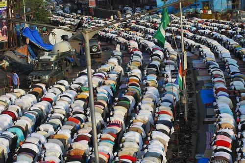 Bakra Eid Namaz Bandra Station Road 2010