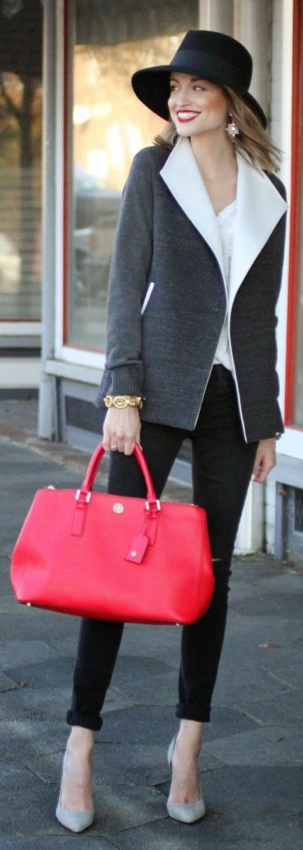Street Style; Business; Casual; Pop of color; Chic; Work; Meeting; Interview