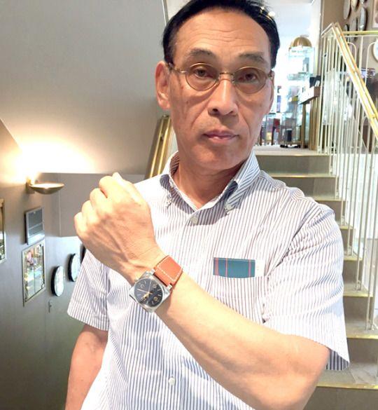 ★I様/ベル&ロス - ゴールデン ヘリテージ ☆会社を退職した記念に!スーツを着なくなると、こういう大きくて見やすい時計が一番!!  〝人生の節目に腕時計を〟