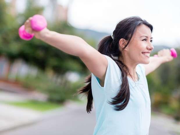 Para tonificar rápidamente tus brazos y piernas, enfócate en trabajar los músculos de dichas extremidades http://adrianabetancur.com/#!/como-tonificar-las-piernas-y-brazos-de-forma-rapida/