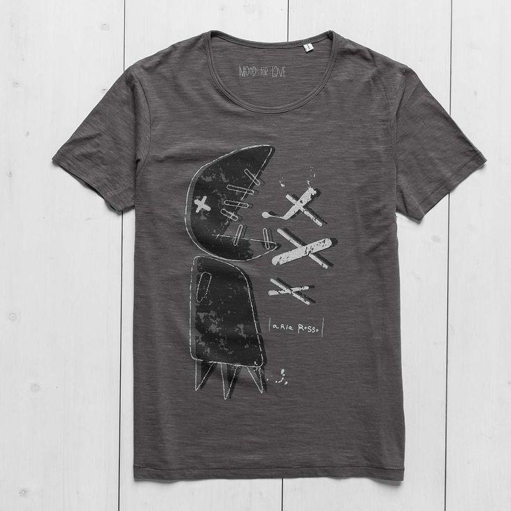 Men's Printed T-shirt anthracite slub cotton Big Fish Ariarosso#graphictee #tshirtdesign #menswear #slub #antrhacite #mensteeshirt