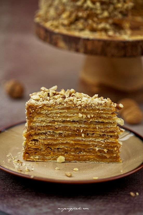 Dulce de leche cake from Chile (torta de mil hojas)