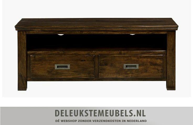 Dit tv-meubel Cape Cod 130cm van de Henders & Hazel collectie is sfeer- en smaakvol. De kast heeft twee laden en één niche. De handgrepen zijn gemaakt van donkergrijs oud metaal wat perfect in de stijl van dit meubel past. Snel leverbaar! http://www.deleukstemeubels.nl/nl/cape-cod-tv-dressoir-130cm/g6/p87/