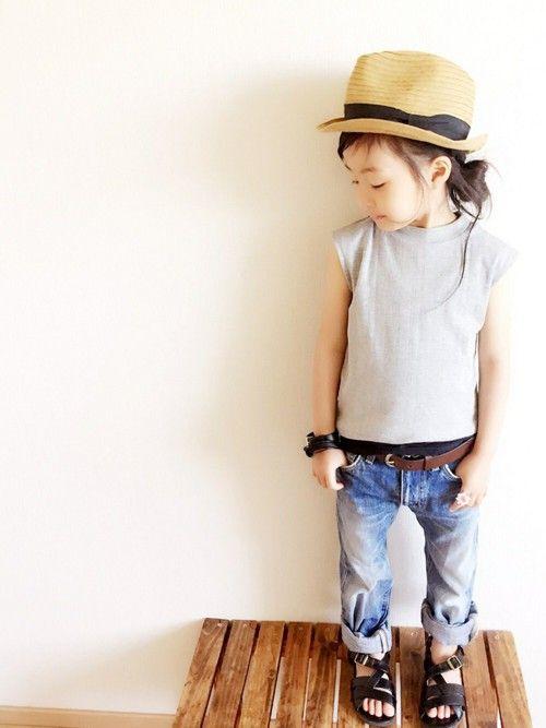 GLOBAL WORKのTシャツ・カットソー「【キッズ】カットテレコノースリーブ/723474」を使ったmiyuuu.のコーディネートです。WEARはモデル・俳優・ショップスタッフなどの着こなしをチェックできるファッションコーディネートサイトです。