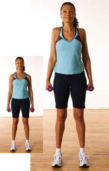 Haussements d'épaules Tonifient le haut et le milieu du dos, les épaules 1. Debout, pieds écartés dans l'alignement des hanches. Un haltère dans chaque main, laissez les bras pendants, les mains au repos à côté des cuisses, les paumes vers l'intérieur. 2. Gardez les bras droits, haussez lentement les épaules vers les oreilles. Faites rouler les épaules vers l'arrière aussi loin que possible, sans douleur. Revenez au point de départ. Faites 2 séries de 10 répétitions.