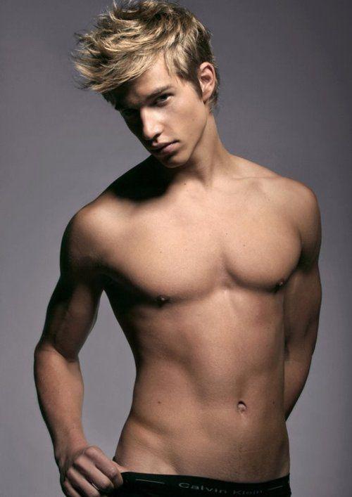 Cute Boys That Girls Love  Cute Blonde Guys, Blonde Guys -3750