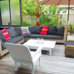 Modne meble ogrodowe i udana aranżacja tarasu. Wybierz ładne i praktyczne