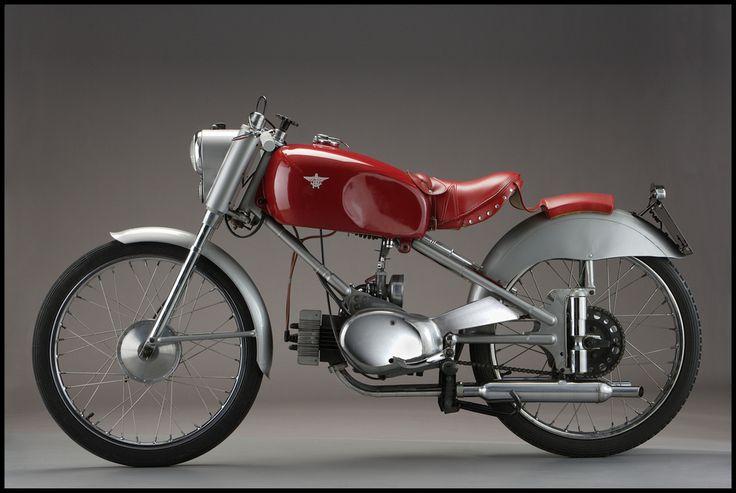 Fast Is Fast Pea Shooter Harleys: Rumi Junior Sport 125 (1950)
