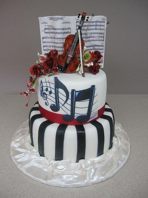 Violin Cake by CakeBreak1, via Flickr