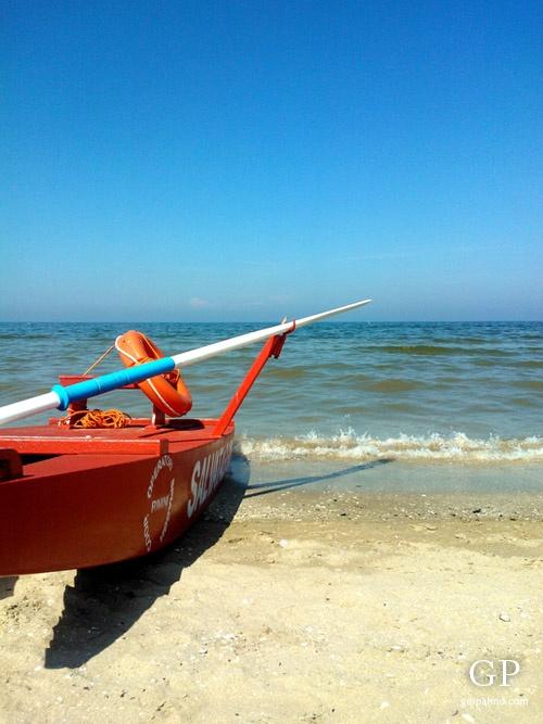 "Beach - ""Rimini: eat (piadina and gelato), drink, kitesurf, sunbathe"" by @Sara Eriksson Näse"