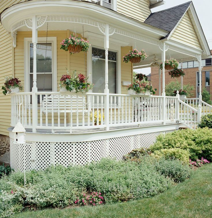 Porches Wrap Around Porches And Victorian On Pinterest: Get The Look: Queen Anne Architecture