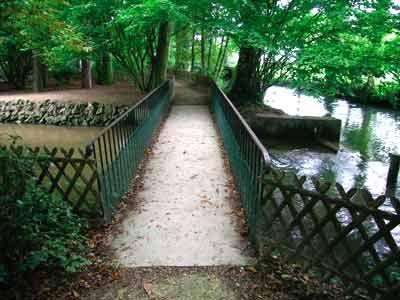89 Parc du Moulin à Tan et Serres Tropicales - Sens (89100) - Yonne - Bourgogne - France